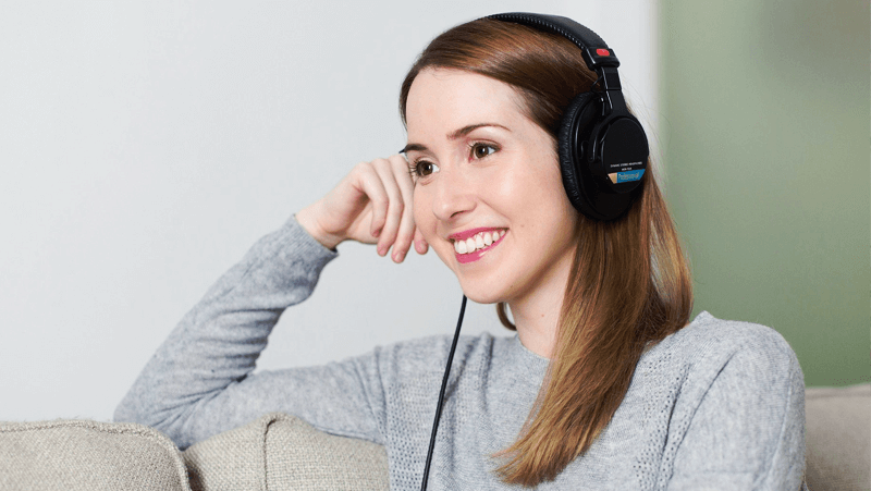 Bisnis Jasa Mendengarkan Curhatan